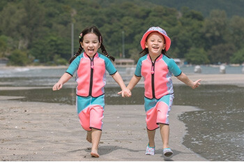 How To Choose A Swimsuit For Your Child?